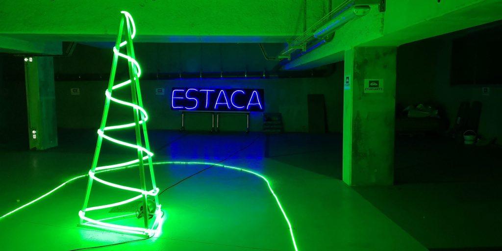 Image du parking de l'ESATCA pour la course de drone de l'ESTACA Modélisme