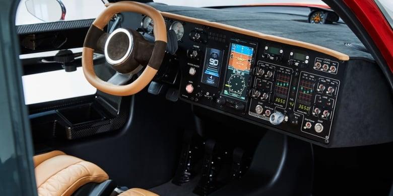 Image montrant le Cockpit de la voiture volante Pal-V