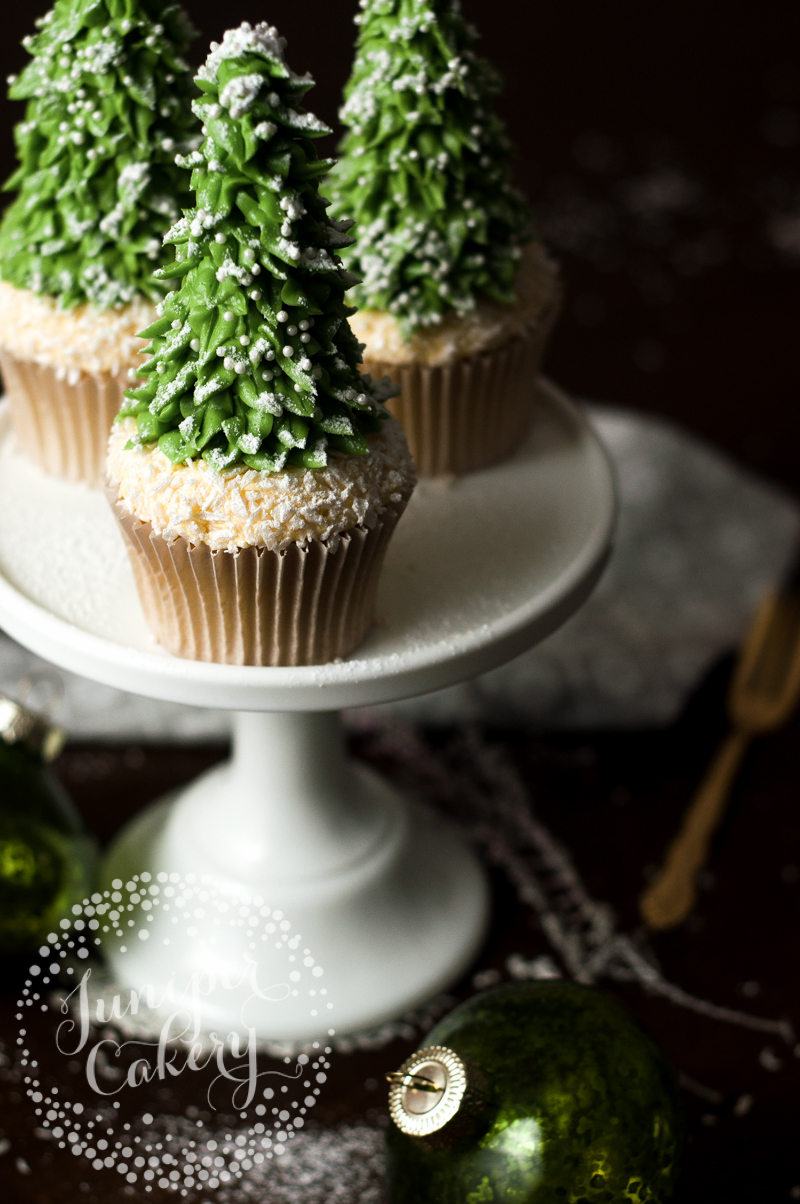 Festive Christmas tree cupcake how-to from Juniper Cakery