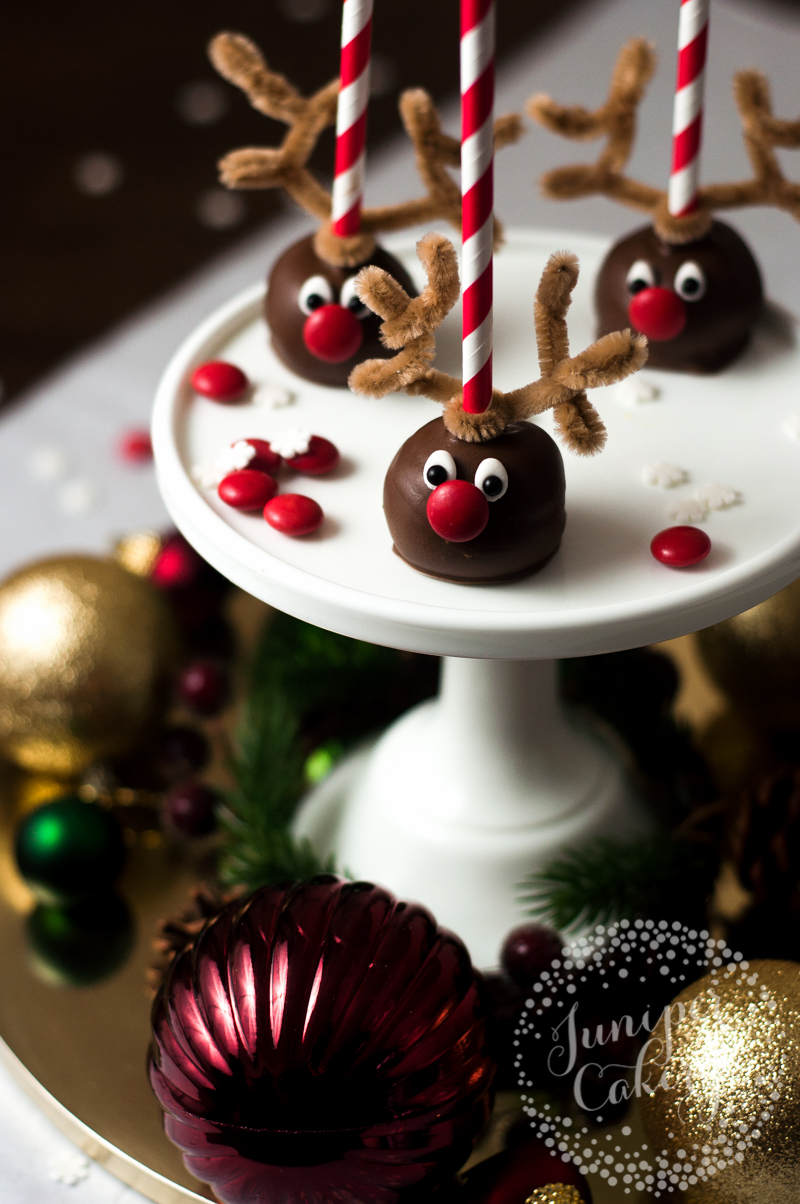 Easy tutorial for reindeer cake pops