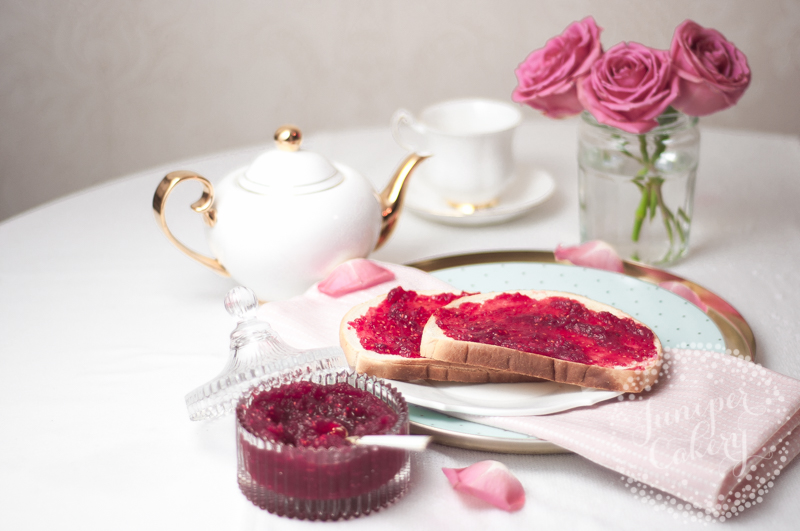 Tasty raspberry curd recipe by Juniper Cakery