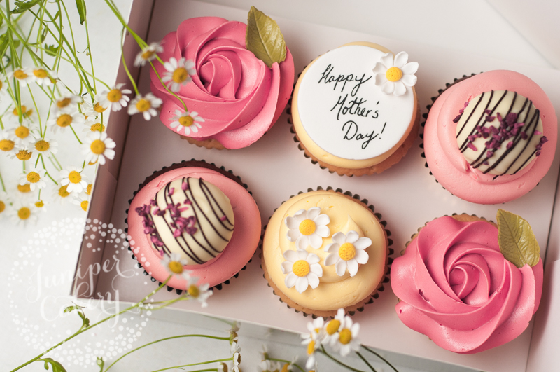 Mother's Day cupcakes and macarons in Hull and Yorkshire area