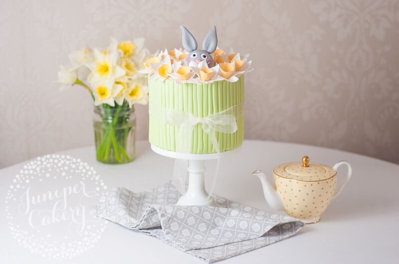 Rabbit and daffodil cake by Juniper Cakery