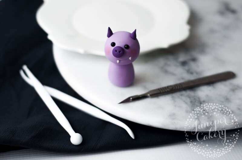 How to make a cute fondant bat