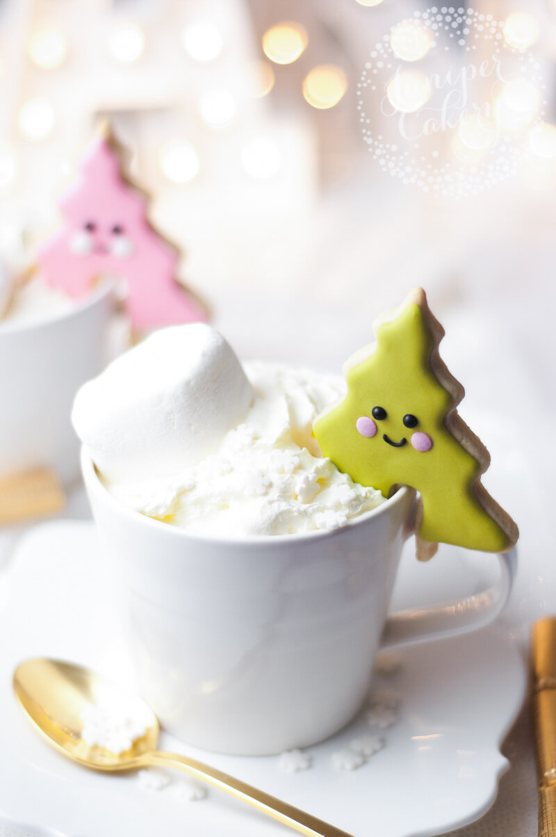 Adorable Christmas tree cookies by Juniper Cakery