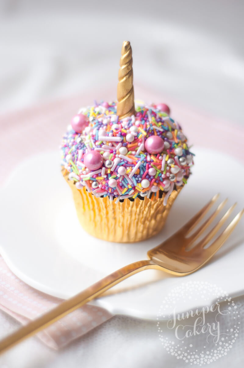 Quick and easy unicorn cupcake tutorial by Juniper Cakery