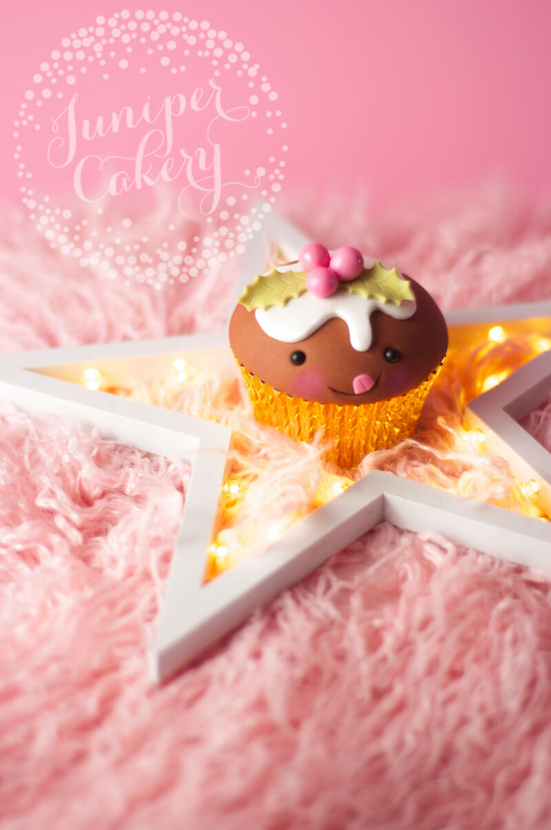 Funny Christmas pudding cupcake tutorial from Juniper Cakery