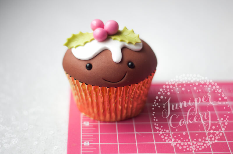 Try out this Christmas pudding cupcake tutorial by Juniper Cakery