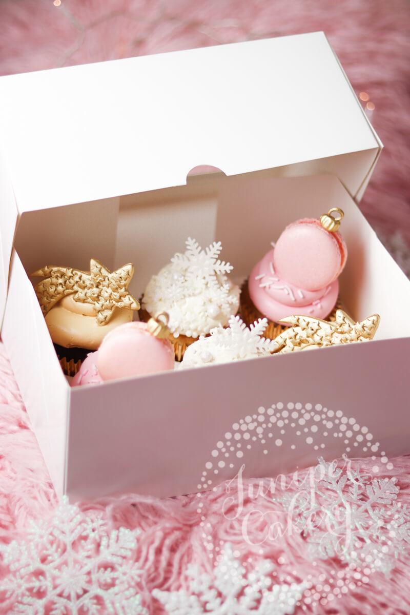 Fun festive cupcakes by Juniper Cakery