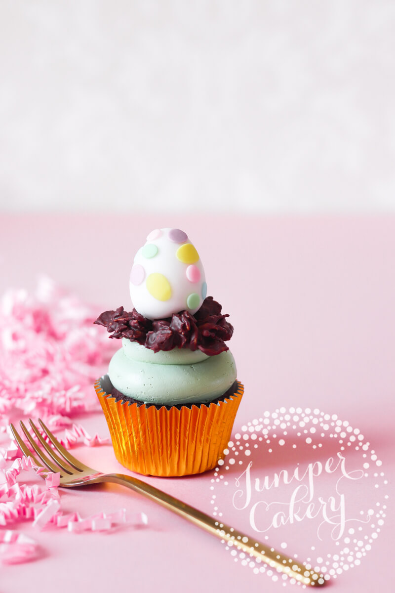 Dino egg Easter tutorial with Chewits and Juniper Cakery