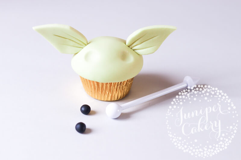 Cupcake tutorial with Juniper Cakery