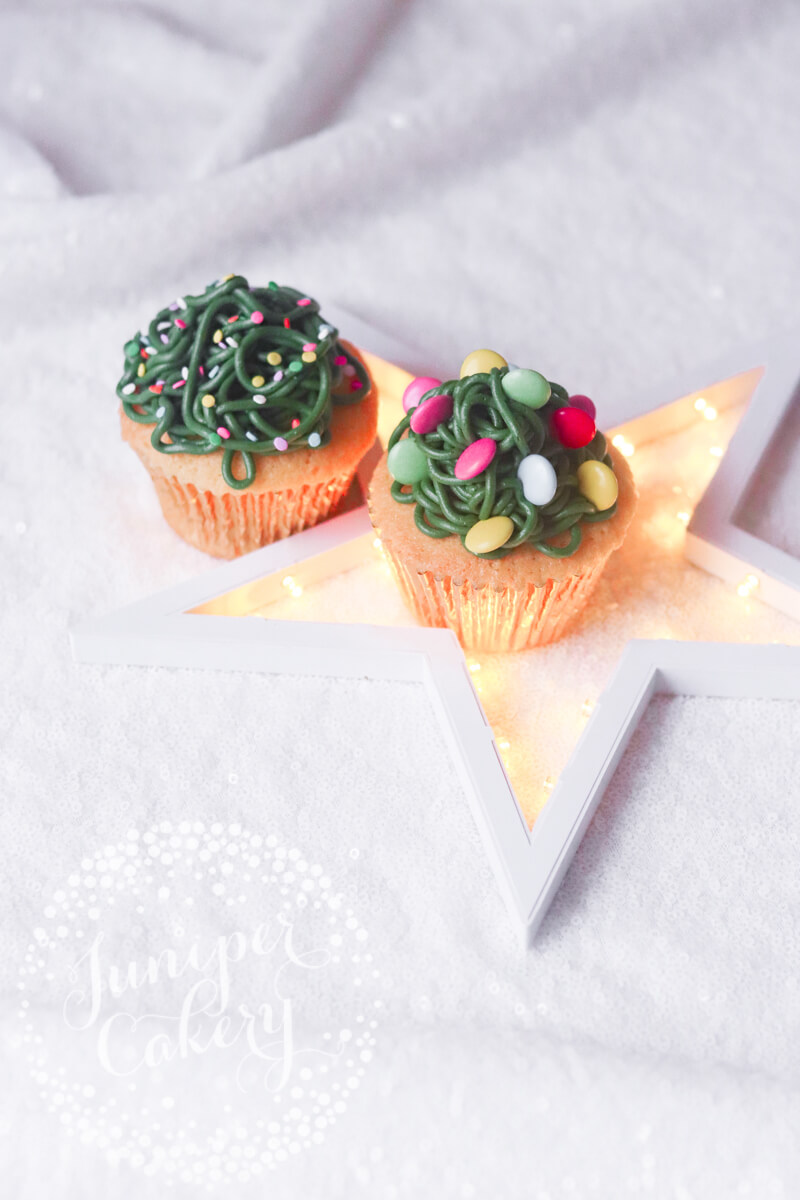 Cute festive cupcake idea by Juniper Cakery