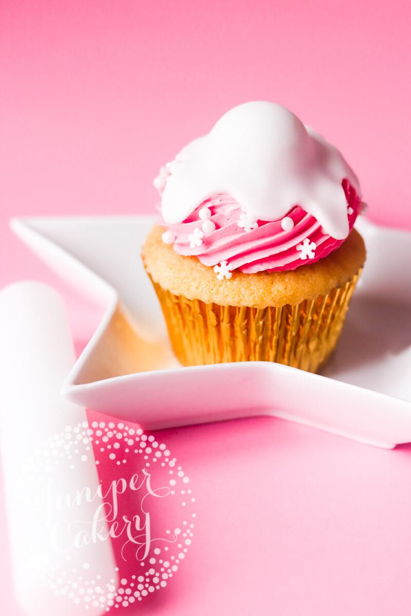 Cute snowman cupcake tutorial by Juniper Cakery