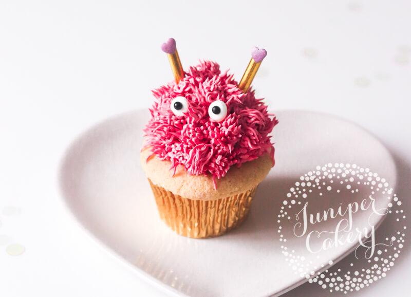 Cute Love Bug cupcake tutorial by Juniper Cakery