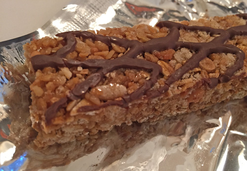 MICROREVIEW New Quaker Chewy Girl Scout Caramel Coconut