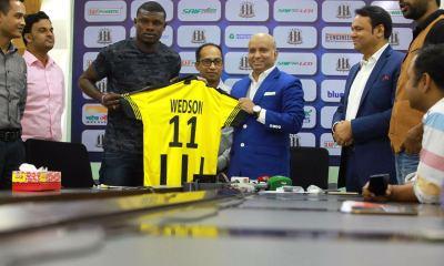 Le footballeur haïtien Anselme Wedson  dit SUKER décroche un contrat évalué a USD 78,000 dans un club au Bangladesh 34