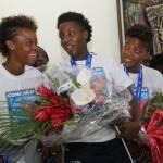 Jovenel Moïse accueille chaleureusement les Grenadières 46