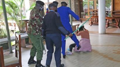 Kenya : Des policiers tabassent une députée