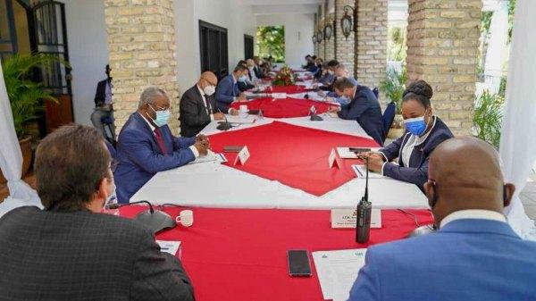 Joseph Jouthe rencontre des Chefs de mission sur l'efficacité de l'aide externe à Haïti
