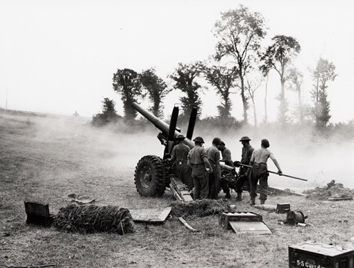 "7th Medium Regiment, 12th Battery, ""A"" Troop, fire on Germans with 5.5 inch guns, Bretteville-Le-Rabet, Normandy, 16 August 1944."