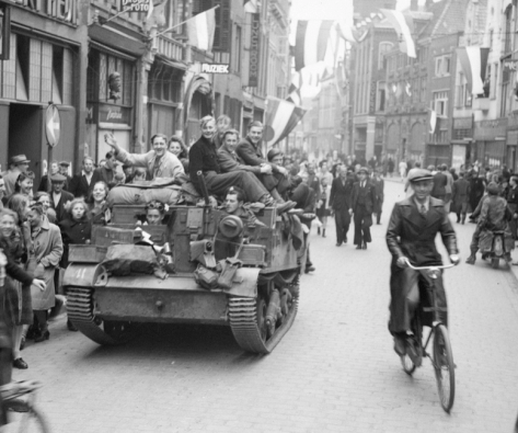 Canadians liberated the Dutch city of Zwolle in April 1945. Liberated Dutch citizens climbed onto tanks driven by Canadian troops.