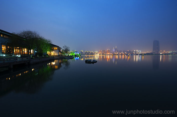 night view JinJi lake SuZhou