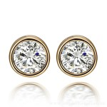 Round Diamond Stud Earrings set Gold front