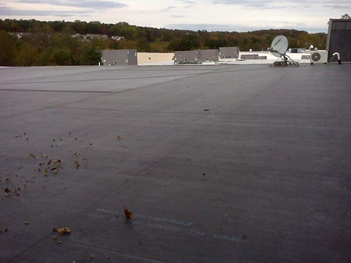 Flat EPDM Roof