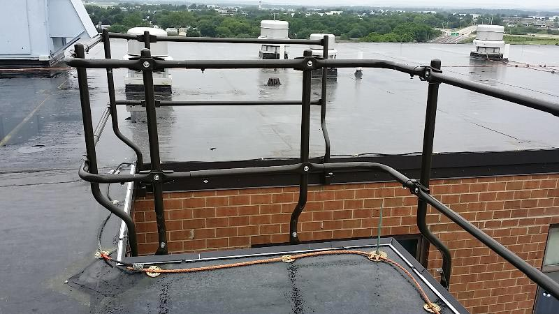Rooftop Perimeter Safety Equipment
