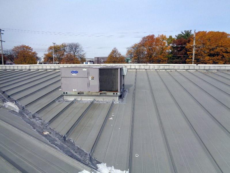 Hydrostatic Metal Roof