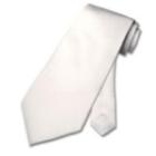 Sind Kosten für die weiße Krawatte als Werbungskosten ansetzbar?
