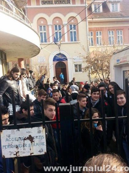 """Colegiul Economic """"Dionisie Pop Martian"""" din Alba Iulia"""