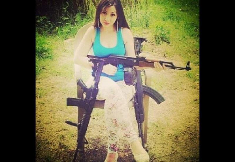 Asta înseamnă să fii mafioată! Vezi ce încărcă fetele mexicane pe Instagram