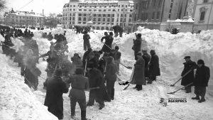 bucuresti-iarna-19541