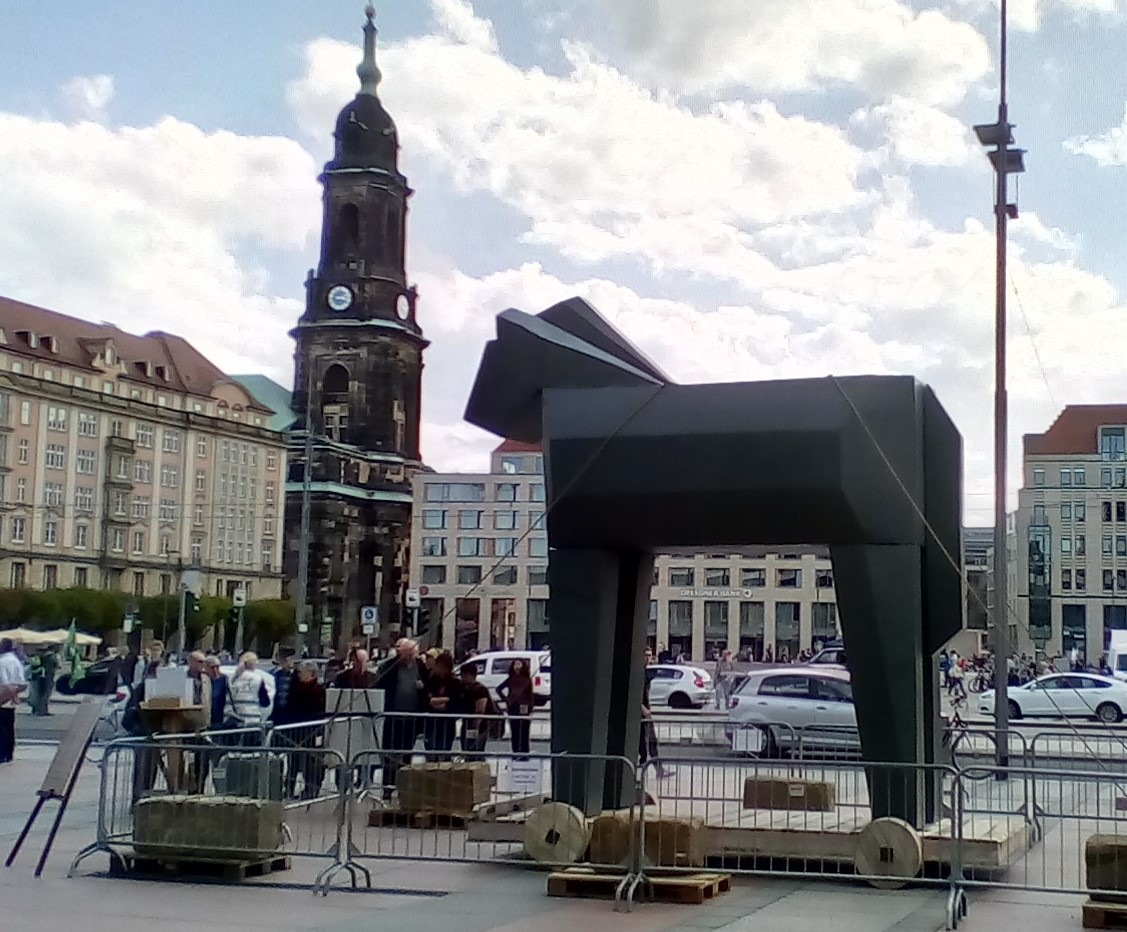 Duitse Berichten 12 – Politieke kunst zoekt de 'dialoog'