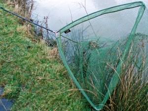 Korum Latex Triangular Pike Fishing Landing Net