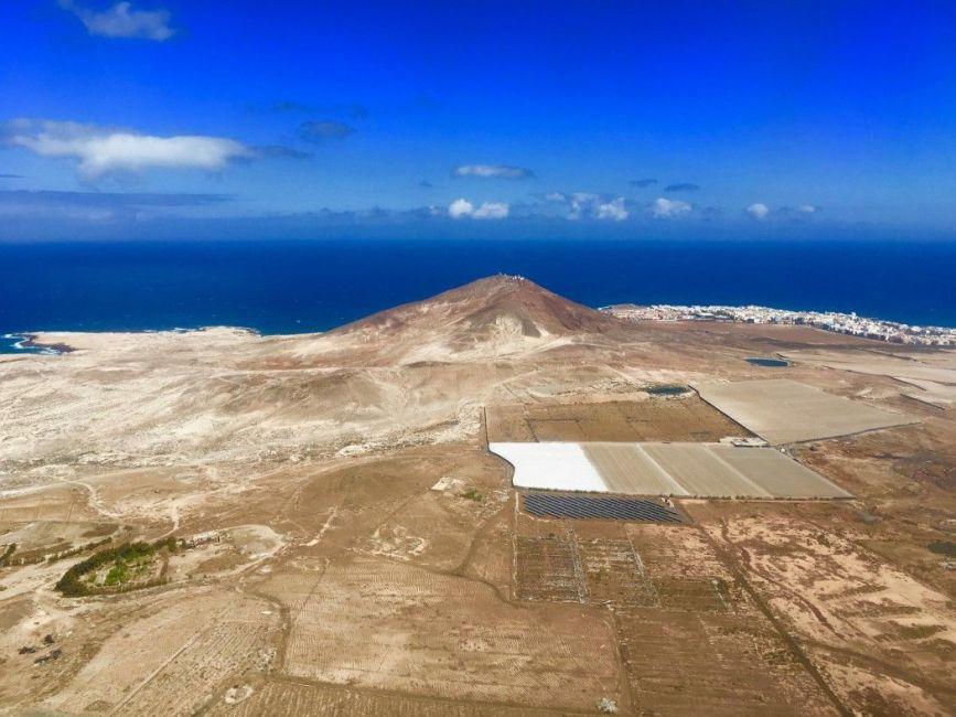 Insel vulkanischen Ursprungs: Einige Locals sagen, die Insel sei ein ganzer Kontinent für sich. Foto: Sascha Tegtmeyer
