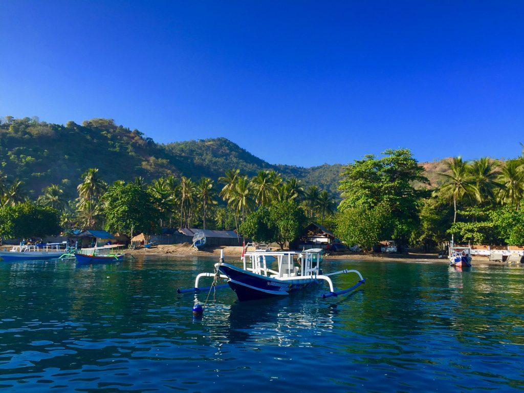 Tausche Schlitten gegen Longtailboat: Indonesien ist ein tolles Winterreiseziel! Foto: Sascha Tegtmeyer