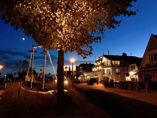Wenn die dunkle Jahreszeit kommen, erleuchten sich die Orte in der Lübecker Bucht. Foto: Sascha Tegtmeyer