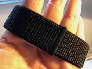 Robustes Nylon-Armband: das Apple Watch Sport Loop. Foto: Sascha Tegtmeyer