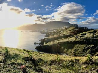 Unser Reisebericht aus Madeira: Einfach mal ganz tief durchatmen und die Aussicht genießen – die Insel im Atlantik hat wirklich die Lizenz zum Glücklichsein! Foto: Sascha Tegtmeyer