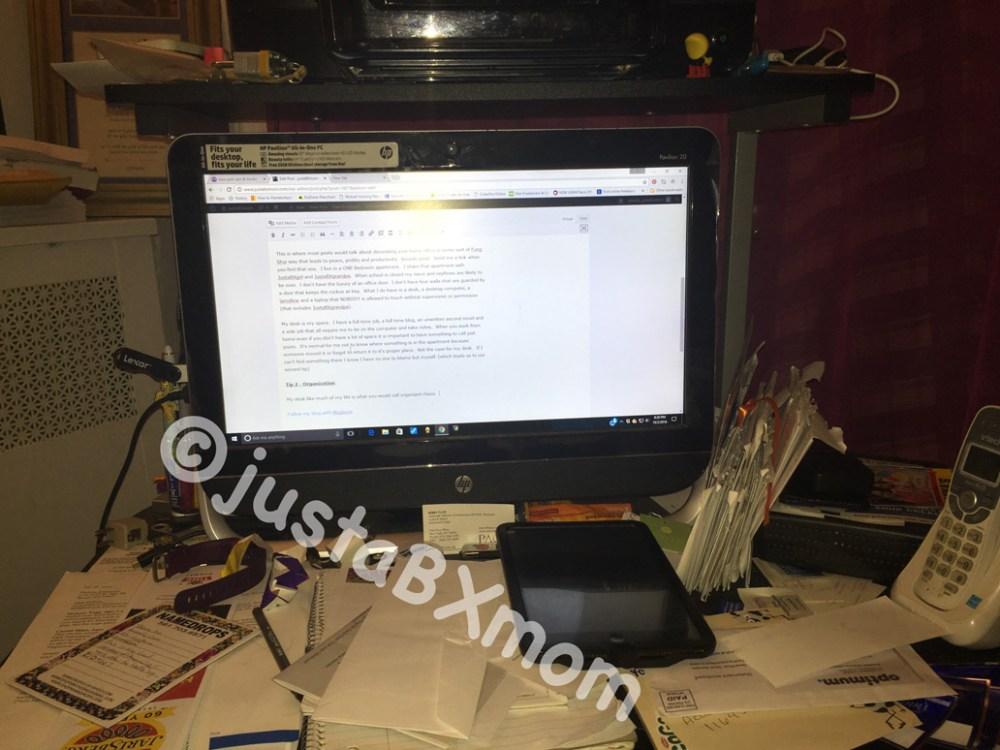 messy-desk-justabxmom