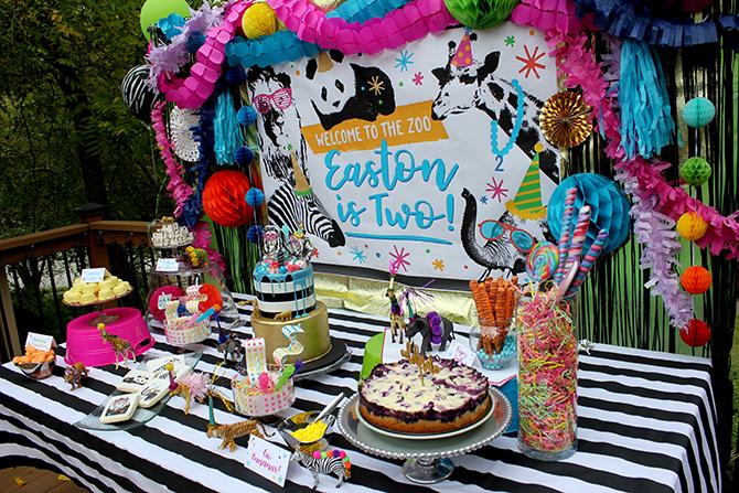 Tablescape, dessert table, Party animal, zoo party, lion, elephant, giraffe, zebra, party, kids party, bubbles, wild animals, bold, birthday, birthday boy, DIY, party decor, panda, party like a panda, pandamonium