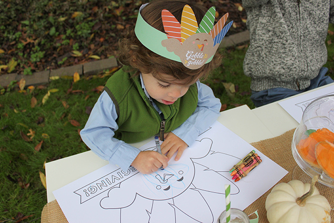 Thanksgiving Kids Table Free Printables, turkey free printables