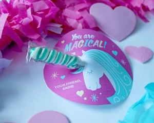 Twisty Lollipop Unicorn Valentine