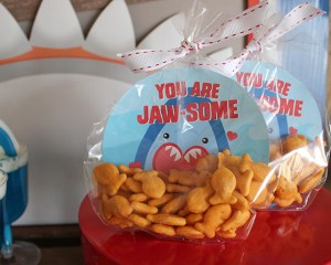 """""""You are Jaw-some"""" Shark Valentine with Free Printable"""