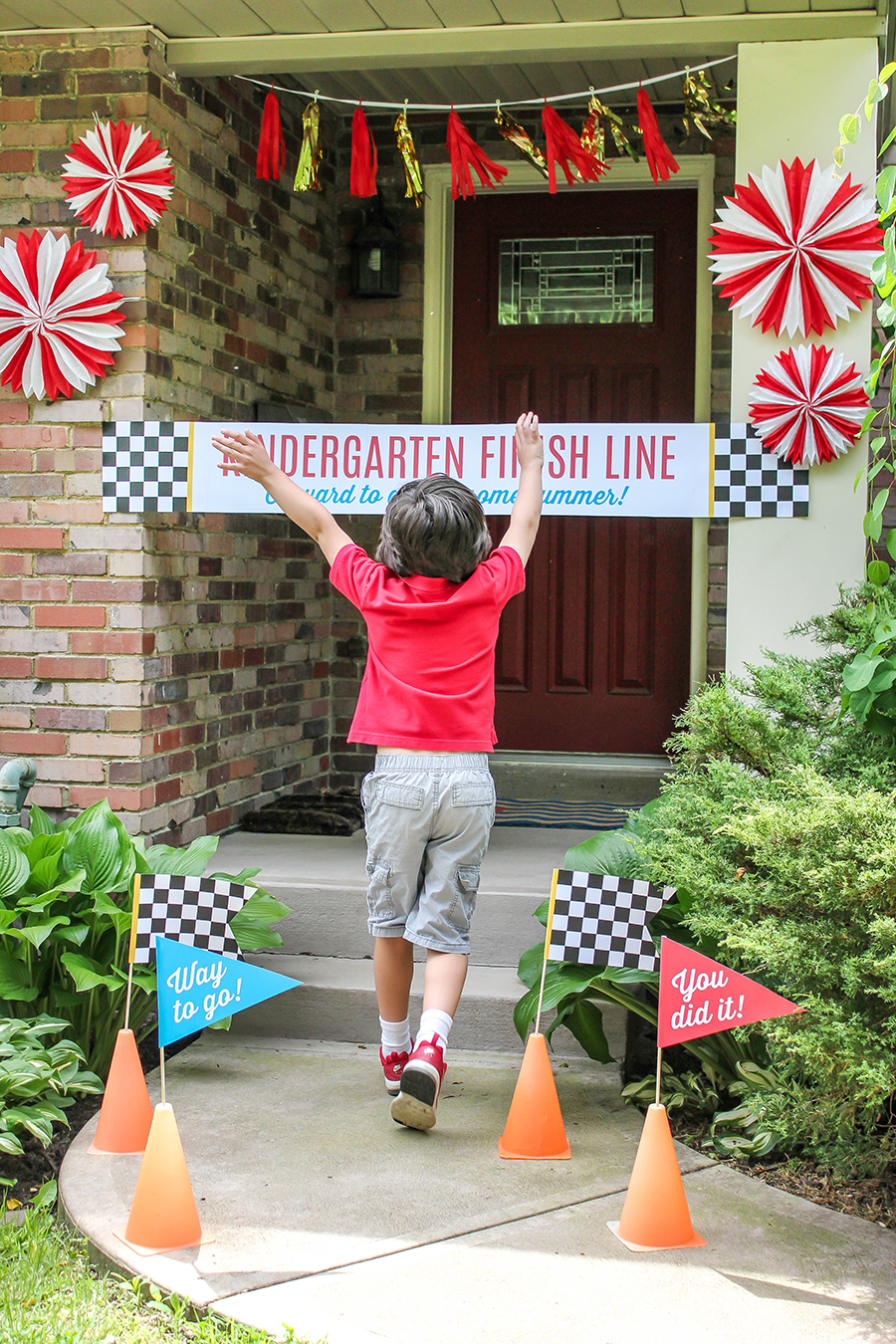 last day of school, last day of school finish line, finish line, kindergarten finish line, free printable, editable PDF printable, Just Add Confetti,