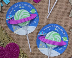 """""""Out of this World"""" Lollipop Planet Kids Valentine"""