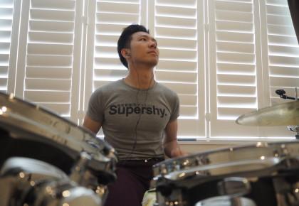 Super shy drummer