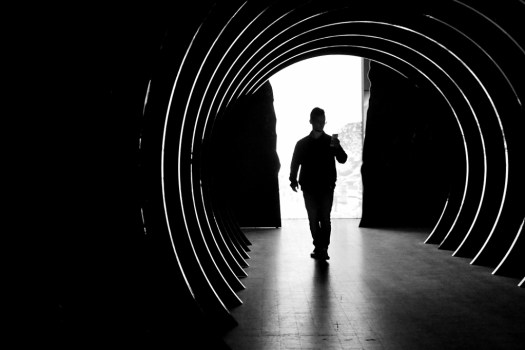 Tunnel silhouette